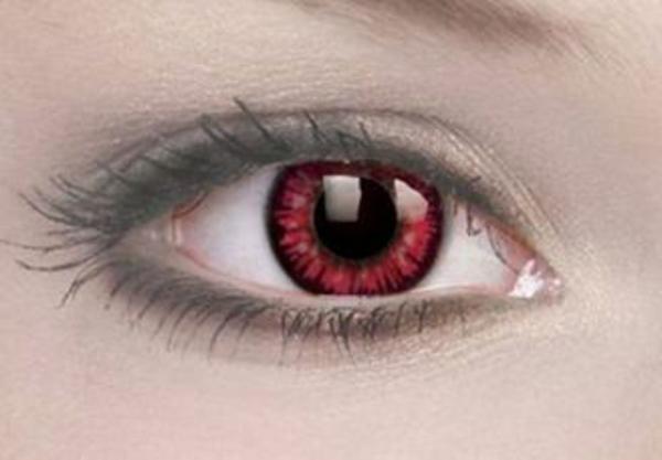 kontaktlinsen f r halloween 29 originelle modelle. Black Bedroom Furniture Sets. Home Design Ideas