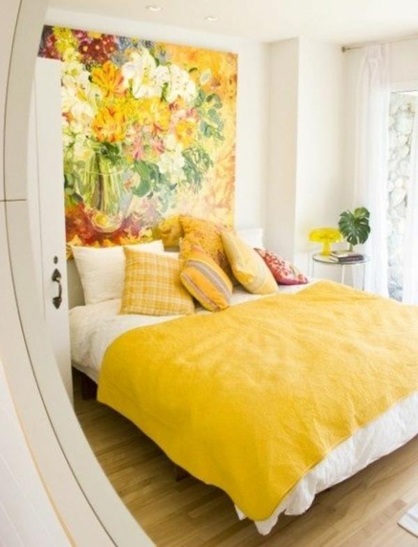 süße-gelbe-farbgestaltung-im-schlafzimmer