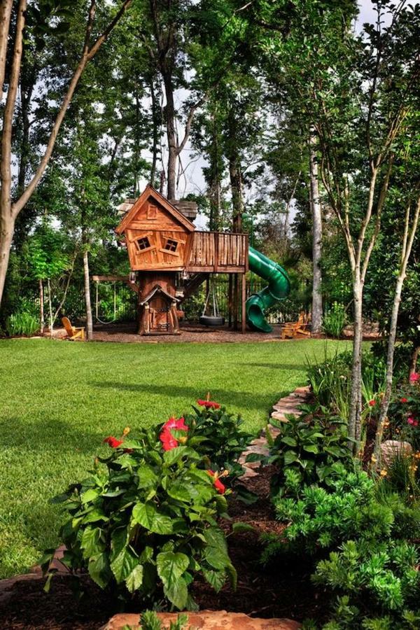 schöne-Baumhäuser-für-Kinder