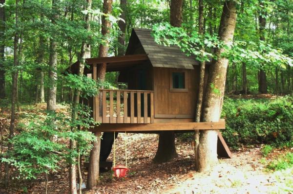 schöne--Baumhäuser-für-Kinder-