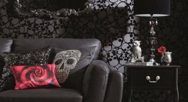 schöne-dunkle-dekoartikel-im-gothic-zimmer