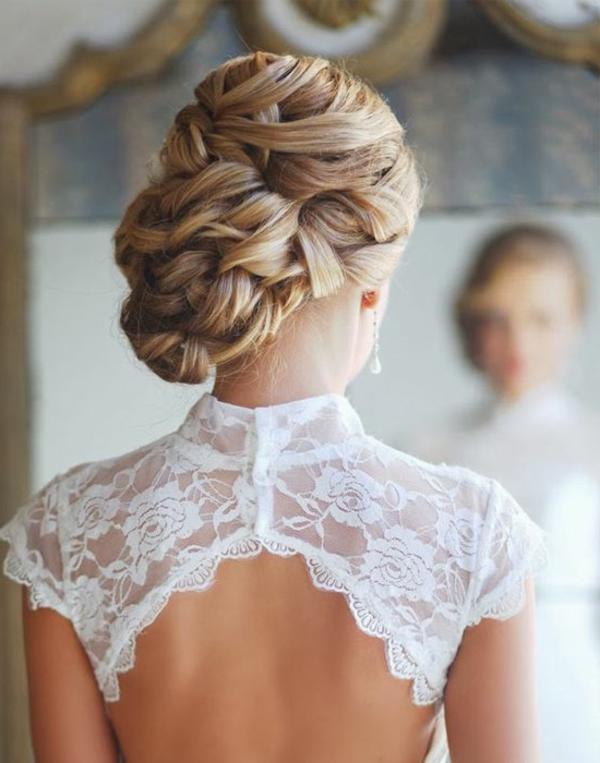 schöne--moderne- Hochzeitsfrisuren-blondes Haar