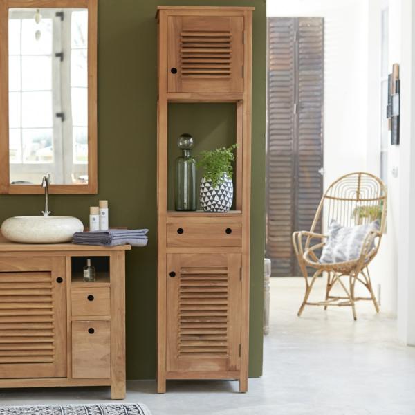 Ein Hochschrank fürs Badezimmer ist eine ideale Lösung für große ...