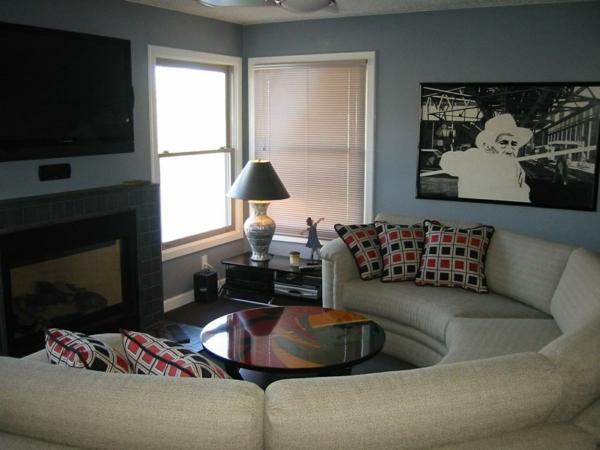 schöner-halbrundes-Sofa-im-Wohnzimmer-Design