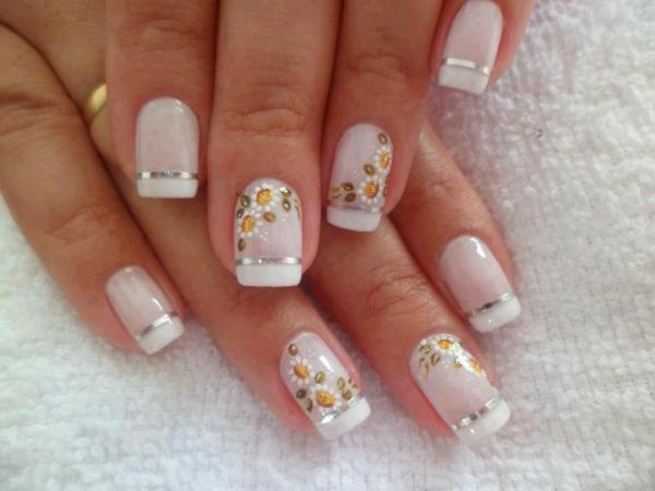 schönes--Design-für-Fingernägel