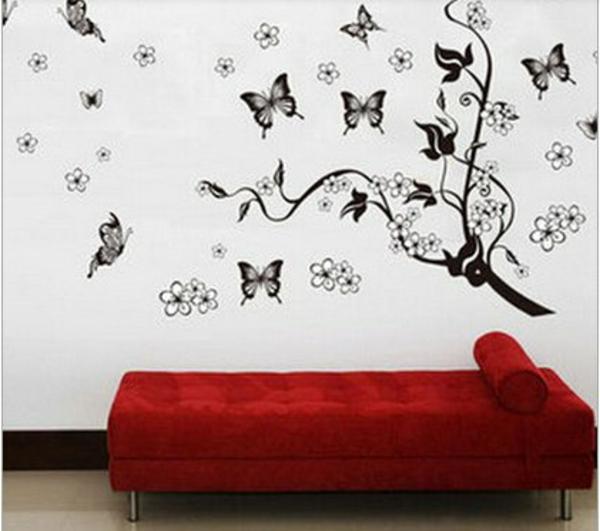 schwarzer-schmetterling-moderne-wanddeko-fürs-wohnzimmer