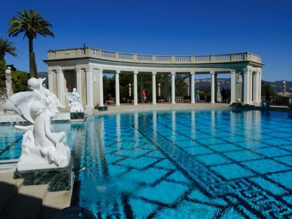 sehr-exotisches-modell-vom-fertig schwimmbecken