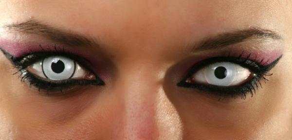 sehr-inspirierende-kontaktlinsen-für-halloween