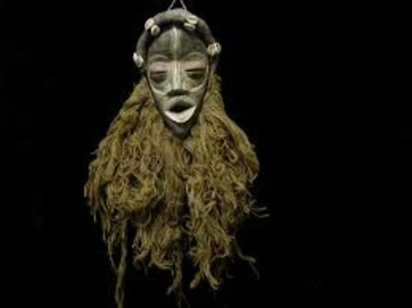 super-interessante-afrikanische-masken