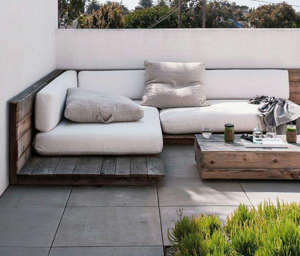 super-schöne-Eckbank-für-die-Terrasse