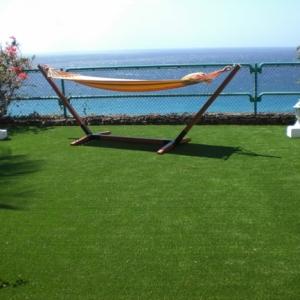 Kunstrasen für Balkon, Terrasse oder Garten - tolle Beispiele!