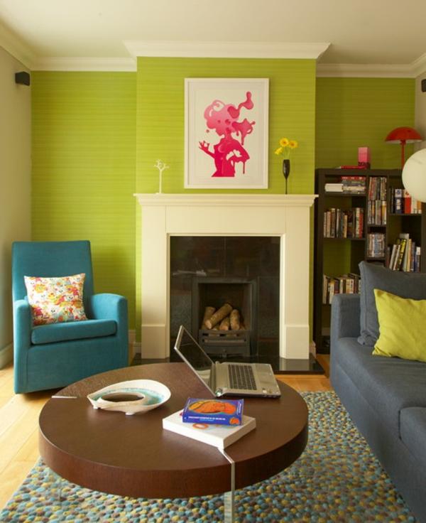 tolle-Wandgestaltung-in-grüner-Farbe-im-Wohnzimmer