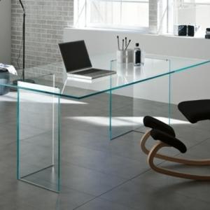 Schreibtisch aus Glas - wunderbare Ideen!