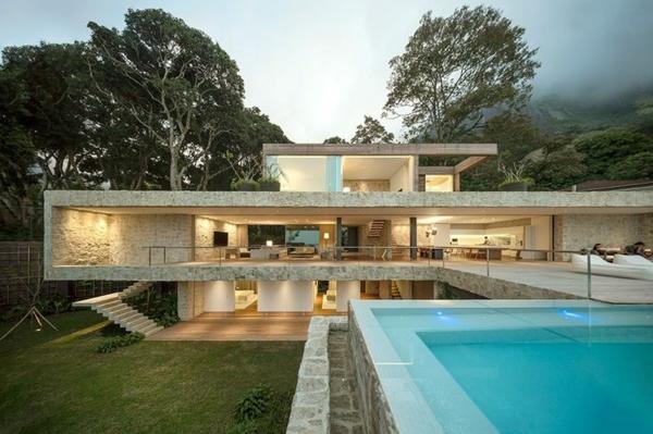 ultra-modernes-Haus-mit-Pool-