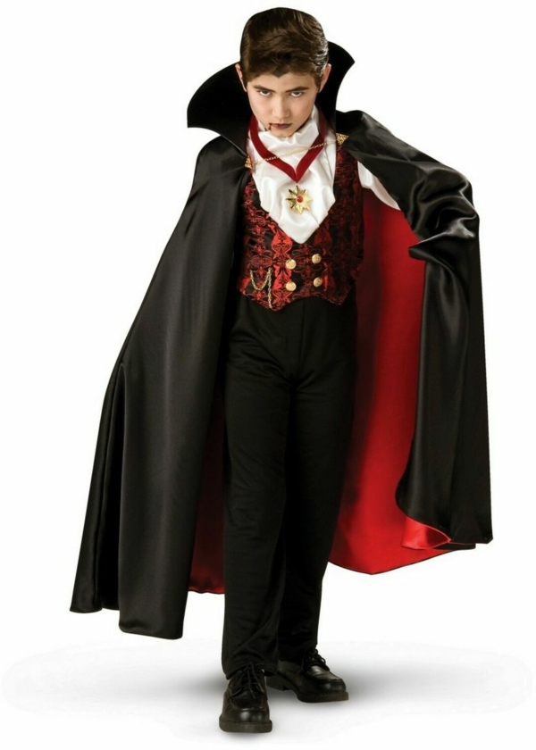 vampir-halloween-kostüme-für-kinder