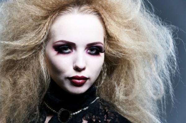 vampire-halloween-frisuren