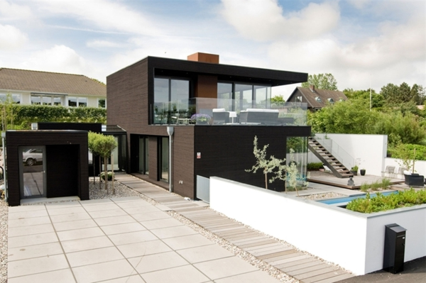 Design Modell Ferienhaus schön innenhof pool entspannend