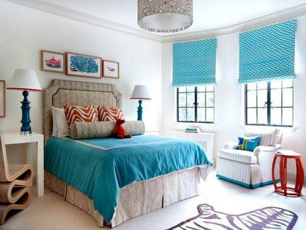 vorhänge-ideen-für-schlafzimmer-blaue-jalousien