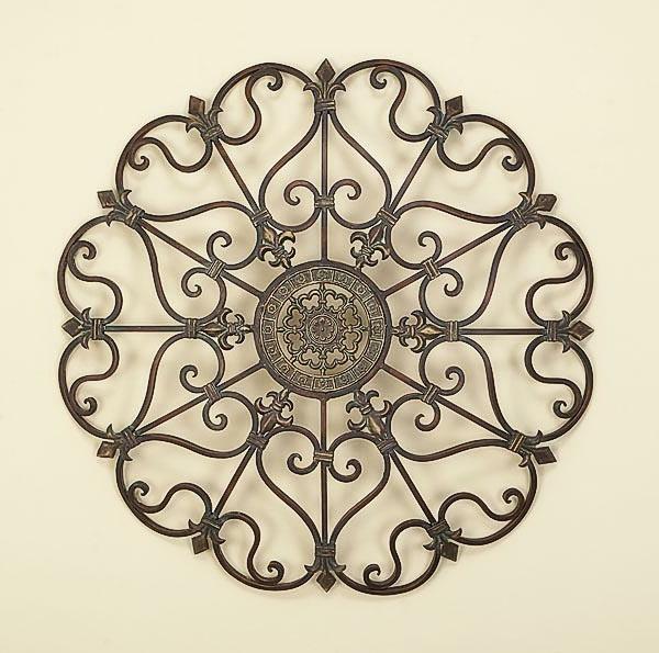 wanddeko-aus-metall-runde-schöne-form