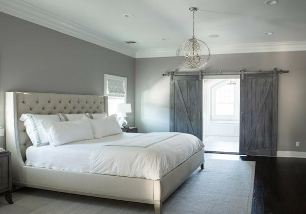 wandfarbe-hellgrau-elegantes-schlafzimmer