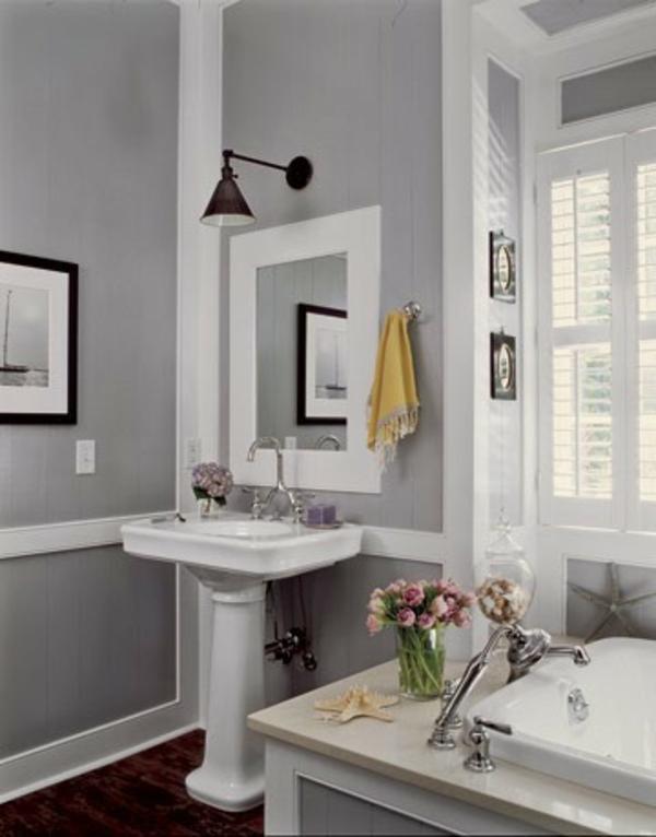 wandfarbe-hellgrau-kleines-schönes-badezimmer