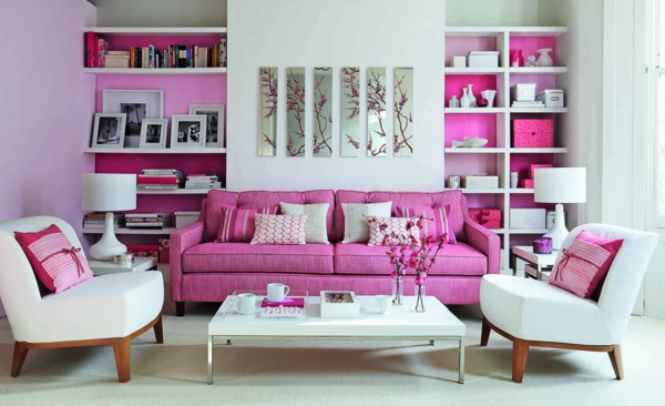 wohnraumgestaltung-sofa-in-pink