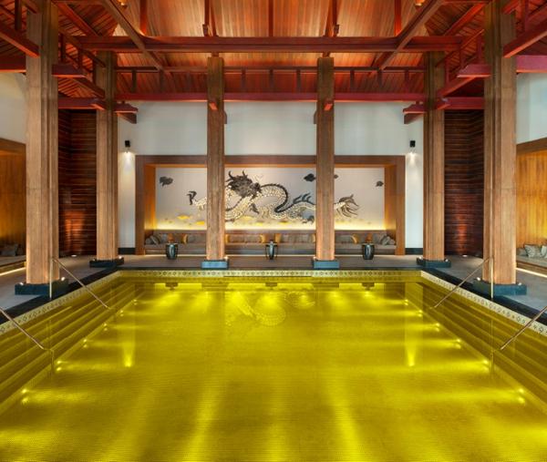wunderbares-modernes-modell-vom-fertigschwimmbecken