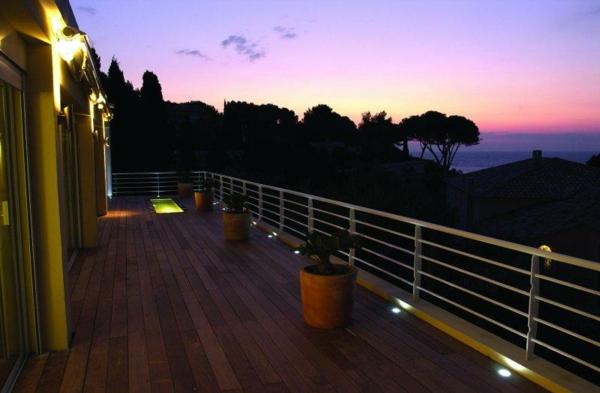 xxl_terrasse-Bodeneinbaustrahler-Led-Beleuchtung