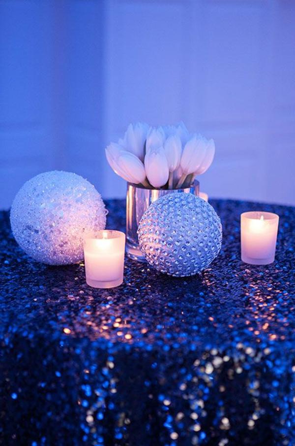 zauberhafte-Tischdeko-Tulpen-in-Weiß-Dekoidee