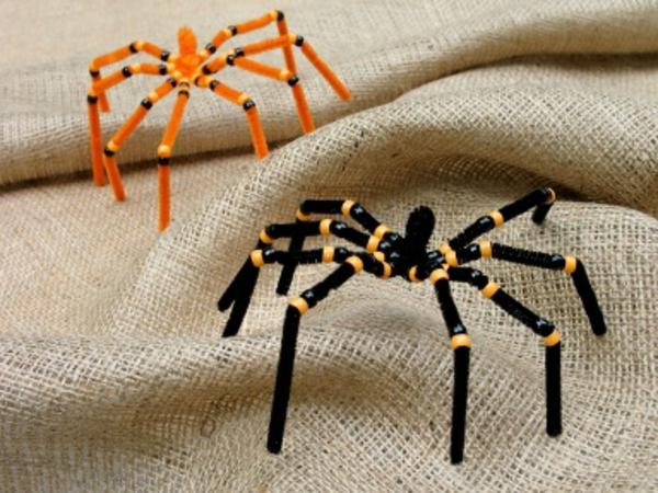zwei-spinnen-halloween-kinderparty