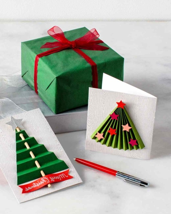 3d-weihnachtskarten-originelle-modell-mit-tannenbäumen