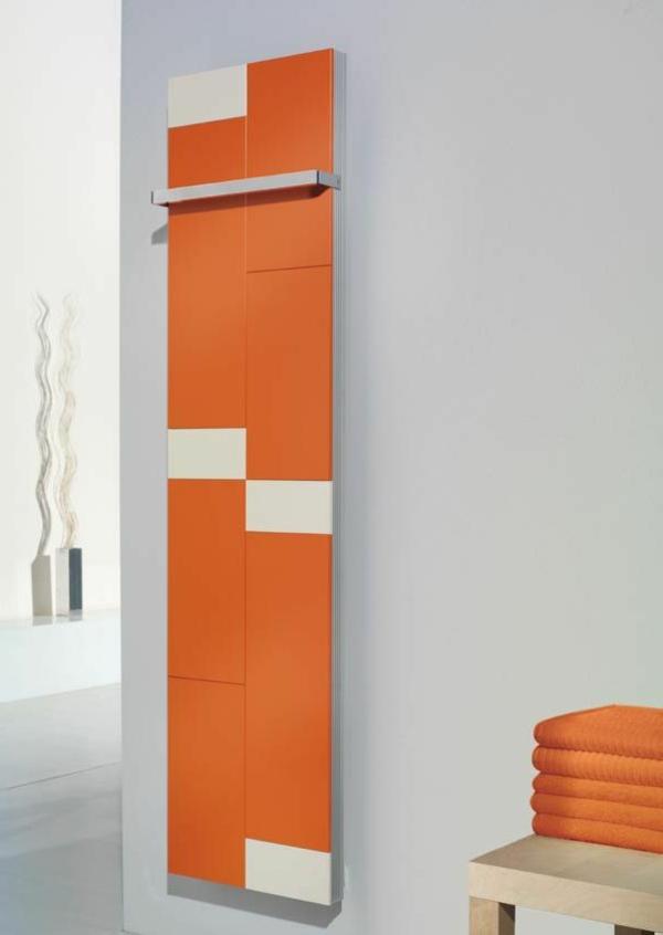 Badezimmer Gestaltung mit tollem Handtuchhalter in Orange