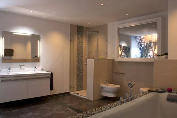 Badbeleuchtung f r decke 100 inspirierende fotos for Badezimmer lampen ideen