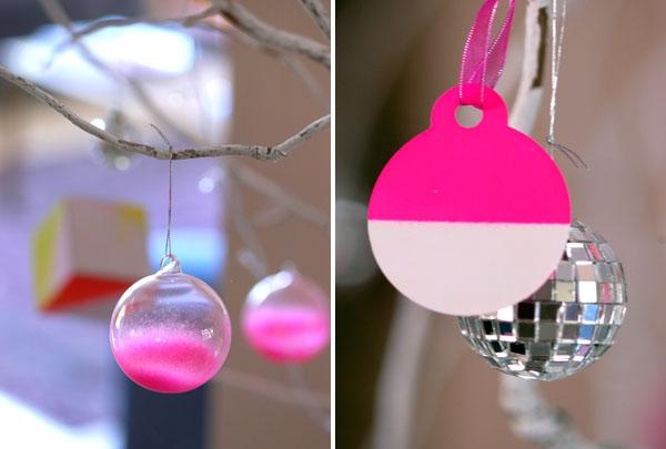 Dekorationsideen-für-Weihnachten-in-Neonfarbe