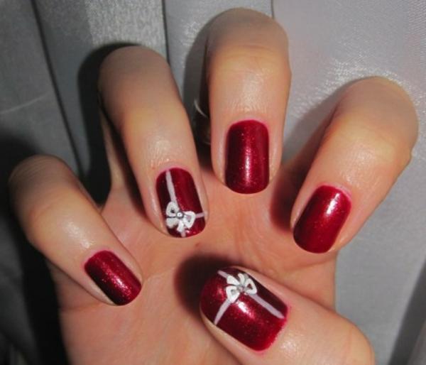 Design-für-Gelnägel-wunderbar-originell-verzierte-Nägel-Weihnachtsnägel