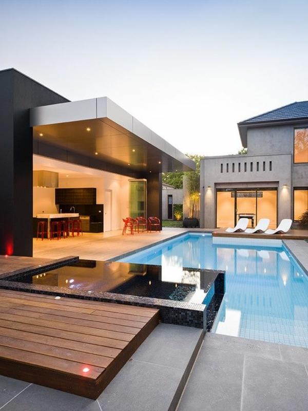 -Ein-super-moderner-Whirlpool-im-Garten