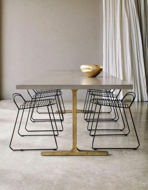 Esszimmerstühle-aus-Metall-mit-modernem-Design-in-Schwarz