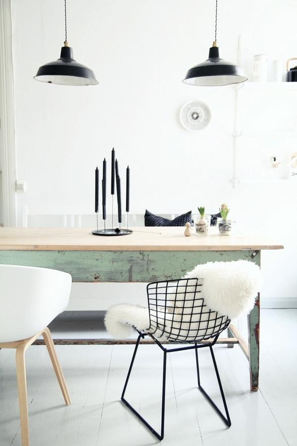 Esszimmerstühle--aus-Metall-mit-modernem-Design-schwarze-Farbe
