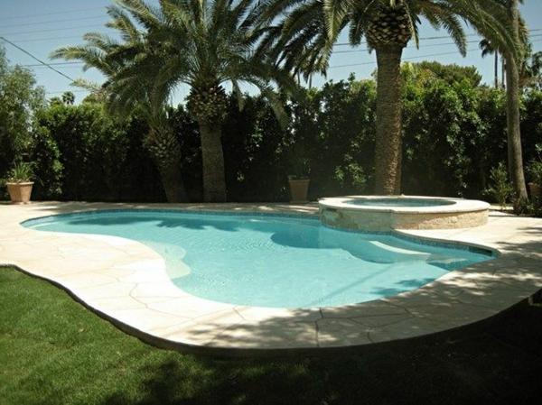 -Gestaltungsideen-für-den-perfekten-Garten-mit-einem- Jacuzzi--
