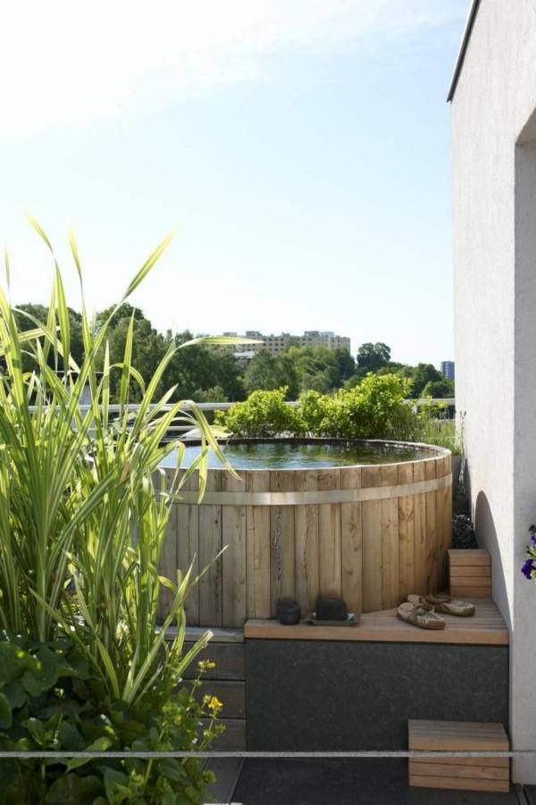 -Gestaltungsideen-für-den-perfekten-Garten-mit-einem- Whirlpool-Holz