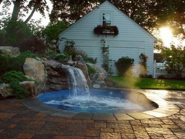 Whirlpool im Garten - 100 fantastische Modelle! - Archzine.net