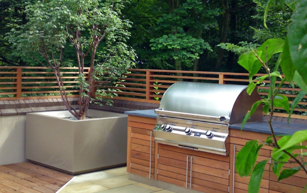 Grill-Terrasse-Idee-für-Gestaltung