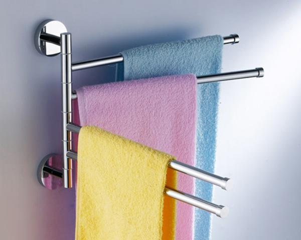 Heizender-Handtuch-halter-im-Badezimmer