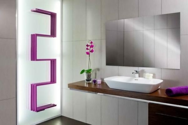 --Heizkörper-Handtuchhalter-mit-einem-modernen-Design-Rosa