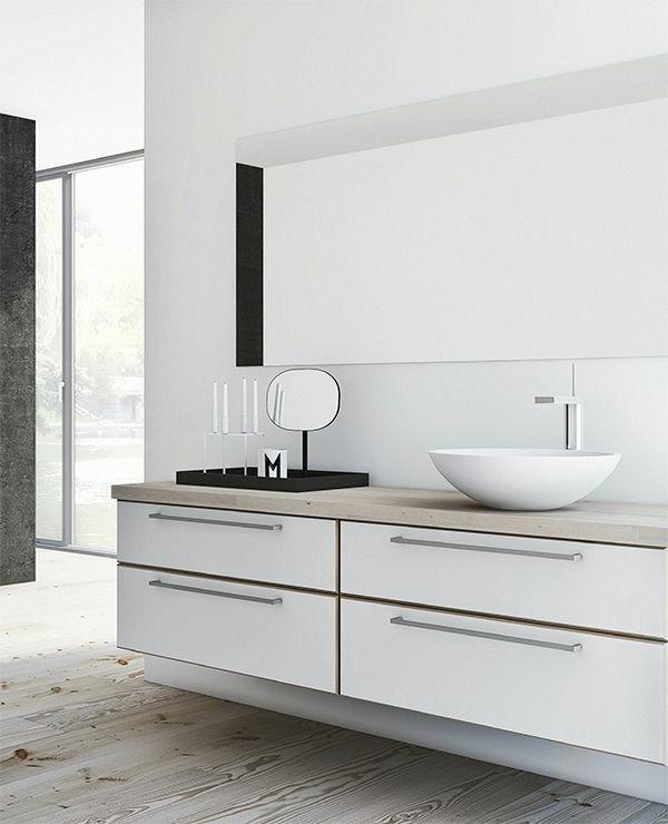 Ideen-für-eine-moderne-Badezimmereinrichtung-in-Weiß