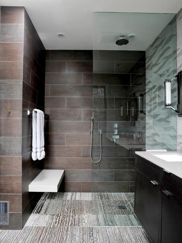 Ideen-für-eine-moderne-Badezimmereinrichtung-mit-modernen-Fliesen