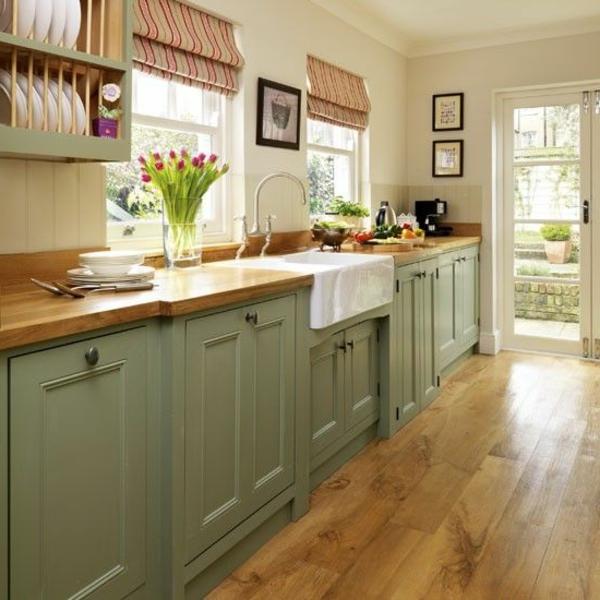Küchengestaltung-Interior—Design-Idee-mit-schönen-Eierschalenfarben