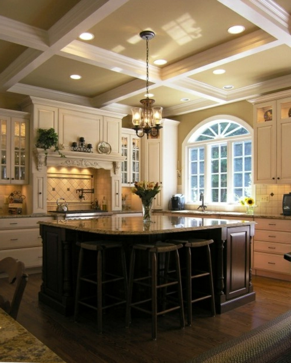 Kücheninsel-fantastische-Ideen-für-eine-praktische-Kücheneinrichtung