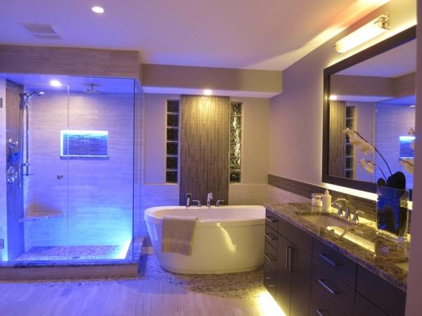 led beleuchtung im bad wellness im badezimmer mit led strips ...