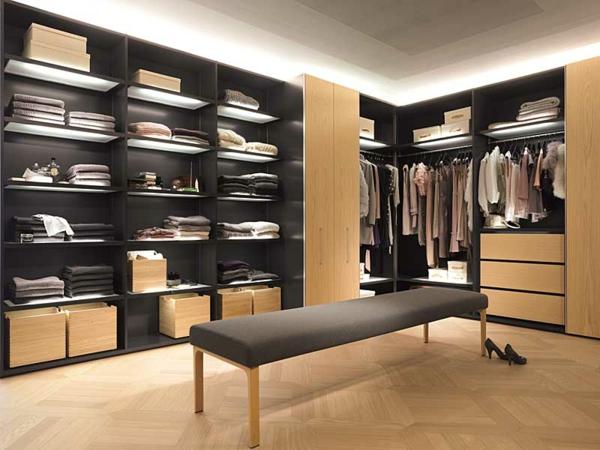 Luxus-Kleiderschränke-begehbar-Ankleideraum